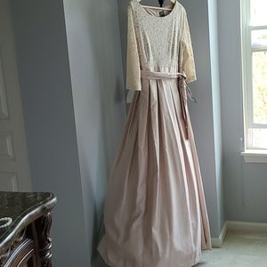 BRAND New -Champaign Prom/Evening Gown Full Length
